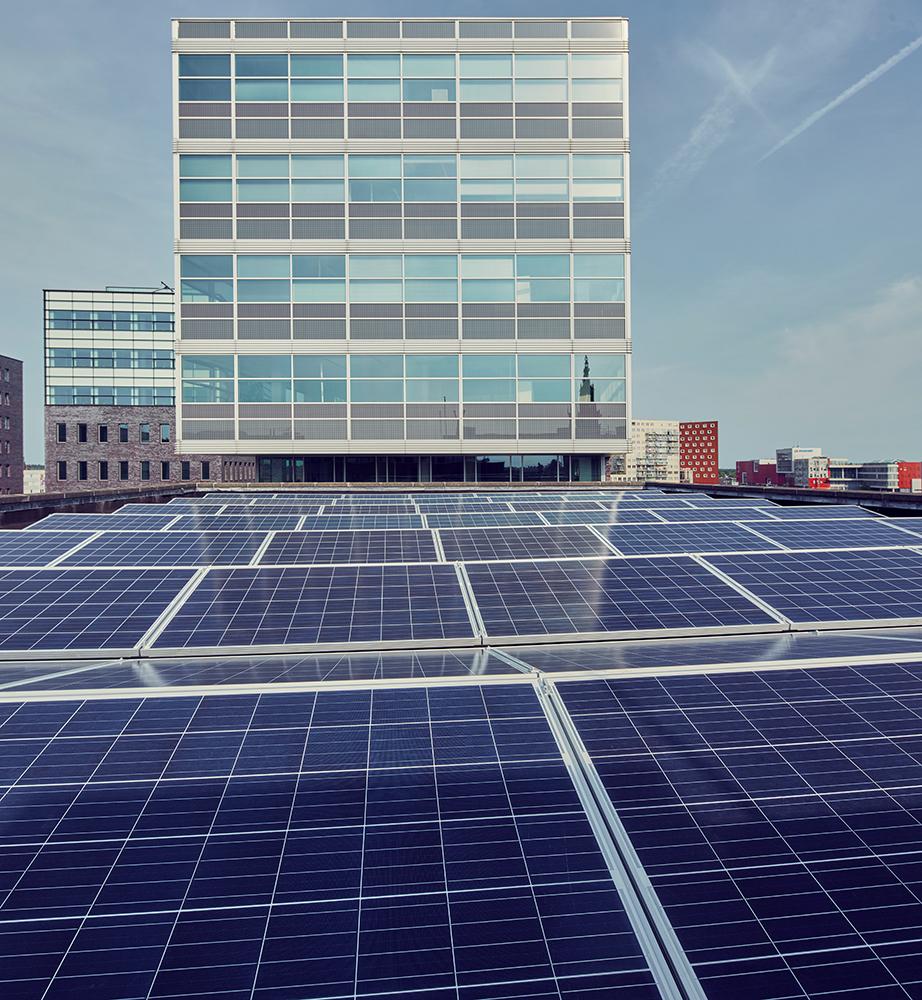 Bedrijvendak zonnepanelen